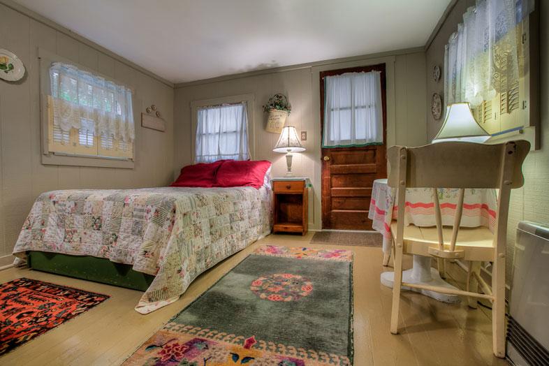 One Room Cottage - Cottage 1